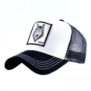 """Casquette noir et blanc avec un logo d'une tête de loup et une écriture """"wolf"""""""
