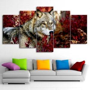 Tableau Loup Couleur d'Automne sur un mur dans un salon
