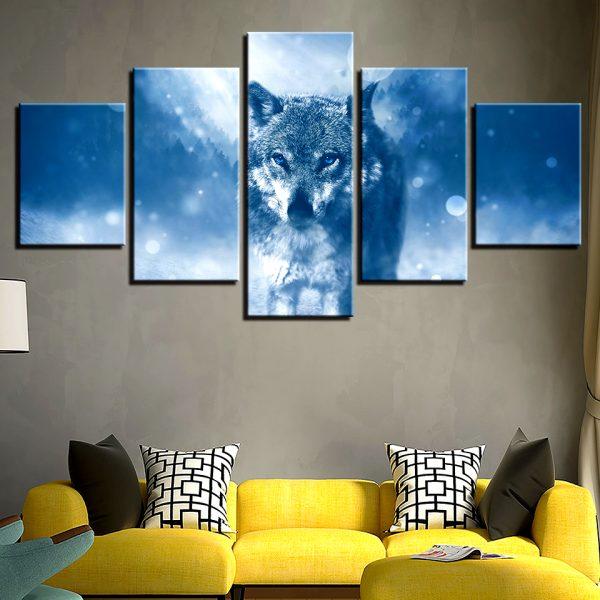 Tableau Loup Hivernal sur un mur dans un salon