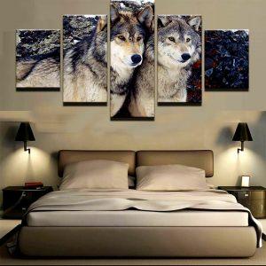 Tableau Loup Amoureux sur un mur dans une chambre
