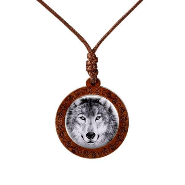 Collier Loup En Bois 7